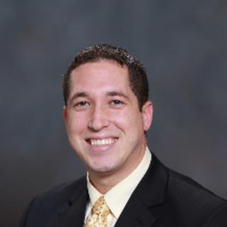Orlando Vega, MD