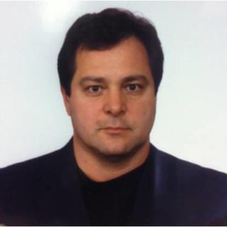 Luis Juncos, MD