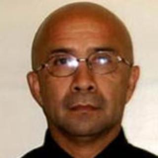Luis Gutierrez, MD