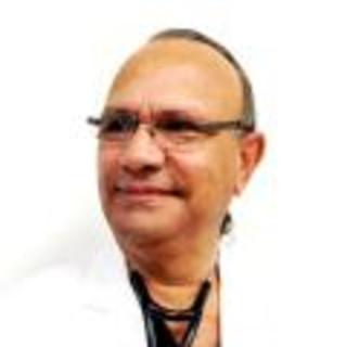 Manuel Bornia, MD