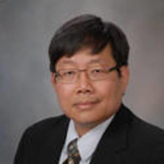 Han Tun, MD