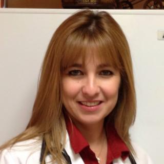 Karelia Ruiz, MD