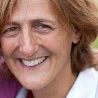 Denise Bayuszik, MD