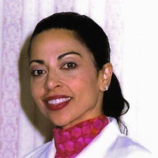 Zoraida Navarro, MD