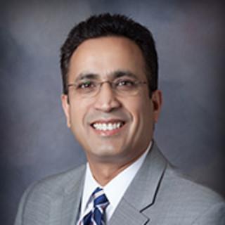 Ravi Akella, MD