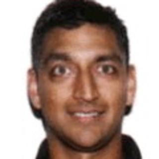 Amir Piracha, MD