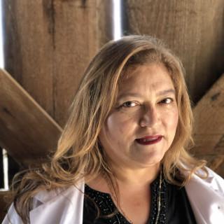 Leticia Escoto, MD