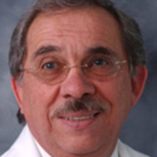 Roberto Sosa, MD