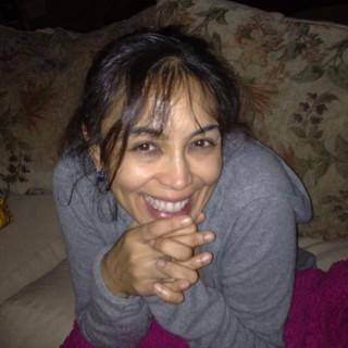 Mimi Bansal X, MD