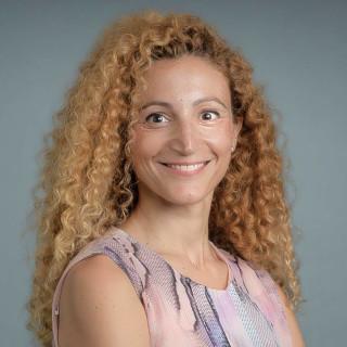 Shani Golan, MD