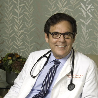 Lawrence Starr, MD