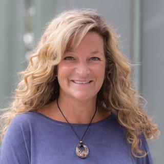 Julie Gray, PA