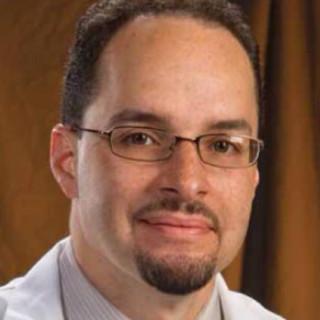 Julio Vializ, MD