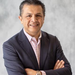 Alejandro Calvo, MD