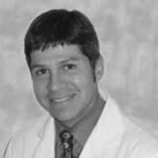 Mauricio Bueno, MD