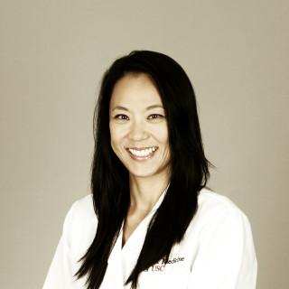 Vivian Mo, MD