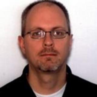 Kenneth Lavelle, MD