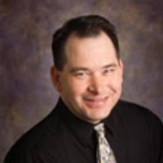 Robert Fernandez, MD