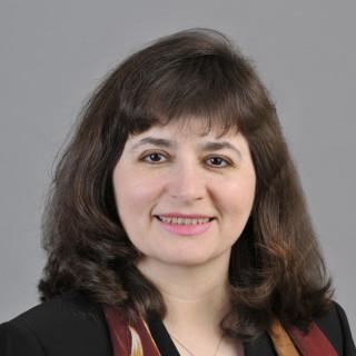Claudia Vera, MD
