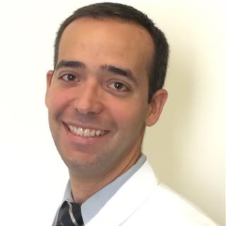 Gilberto Alvarez Del Manzano, MD