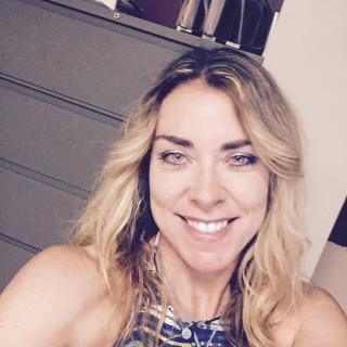 Angela McElwee, MD