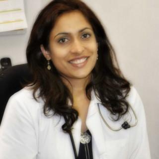 Hafsa Nawaz, MD
