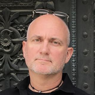 Glenn Burns, MD