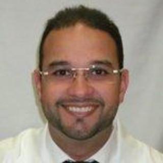 Roberto Fernandez McClin, MD