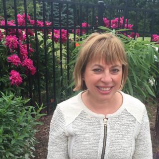 Sandra Sarnoski-Roberts, MD