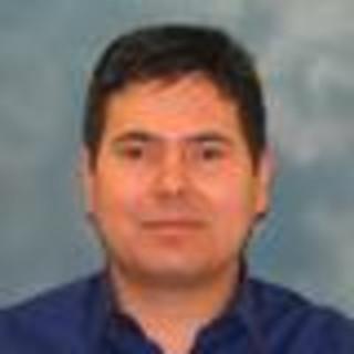 Roberto Sanchez, MD