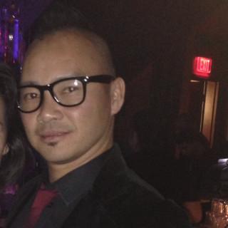 Vinh Ngo, MD