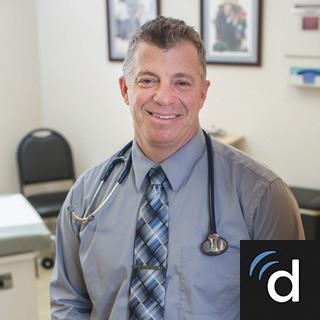 Douglas Farrago, MD, Family Medicine, Forest, VA