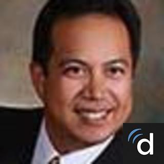 Errick Arroyo, MD, Obstetrics & Gynecology, Lenexa, KS, Overland Park Regional Medical Center