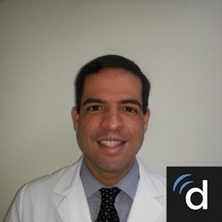 Luis Flores, MD, Obstetrics & Gynecology, Mayaguez, PR, Dr. Ramon E. Betances Hospital-Mayaguez Medical Center Branch