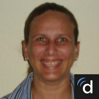 Jacqueline Alvarez, MD, Family Medicine, Doral, FL