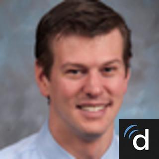 Ryan Mayhew, MD, Internal Medicine, Maywood, IL, Loyola University Medical Center