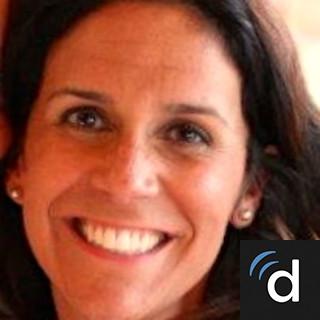 Claire Davis – Franklin, TN   Family Nurse Practitioner