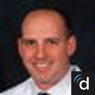 Dennis Bentley, MD, Urology, Akron, OH, Summa Health System