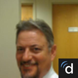 Dennis Botelho, MD, Internal Medicine, Cranston, RI, Roger Williams Medical Center