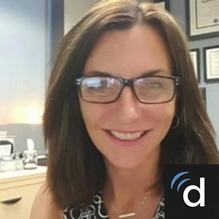 Elizabeth Collumb, MD, Psychiatry, Norfolk, VA