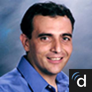 Juan Ruvalcaba, MD, Family Medicine, Parlier, CA, Community Regional Medical Center