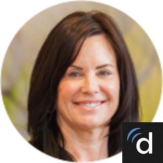 Lesly Davidson, MD, Dermatology, Mount Pleasant, SC