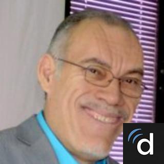 Juan Ruiz-Ramos, MD, Internal Medicine, Bayamon, PR
