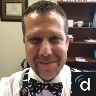 Michael Bishop, MD, Family Medicine, Grand Rapids, MI, Mercy Health Saint Mary's