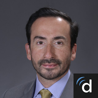 Dr  Roberto Flores, Plastic Surgeon in New York, NY | US