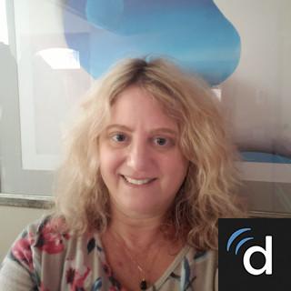 Alanna Tzarfati, MD, Family Medicine, San Diego, CA
