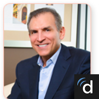 Dr Luis Vinas Is A Plastic Surgeon In West Palm Beach Florida He Received His Medical Degree From Universidad Central Del Caribe School Of Medicine And