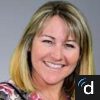 Dr Emily Crockett Family Medicine Doctor In Littleton