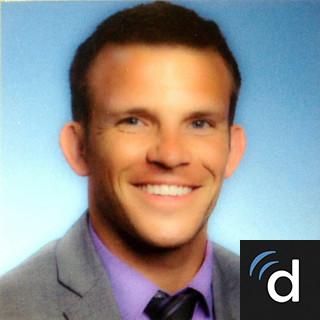 Dr  Jake Moore, Family Medicine Doctor in Grand Blanc, MI