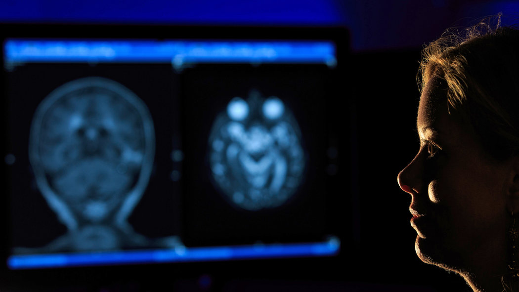 reducing anxiety among radiology patients Stress-reducing effects of real and artificial nature in a hospital waiting room camiel j beukeboom,  anxiety, stress, and uncertainty1,2 notably,  levels of stress among patients, compared to a control con-dition in addition,.